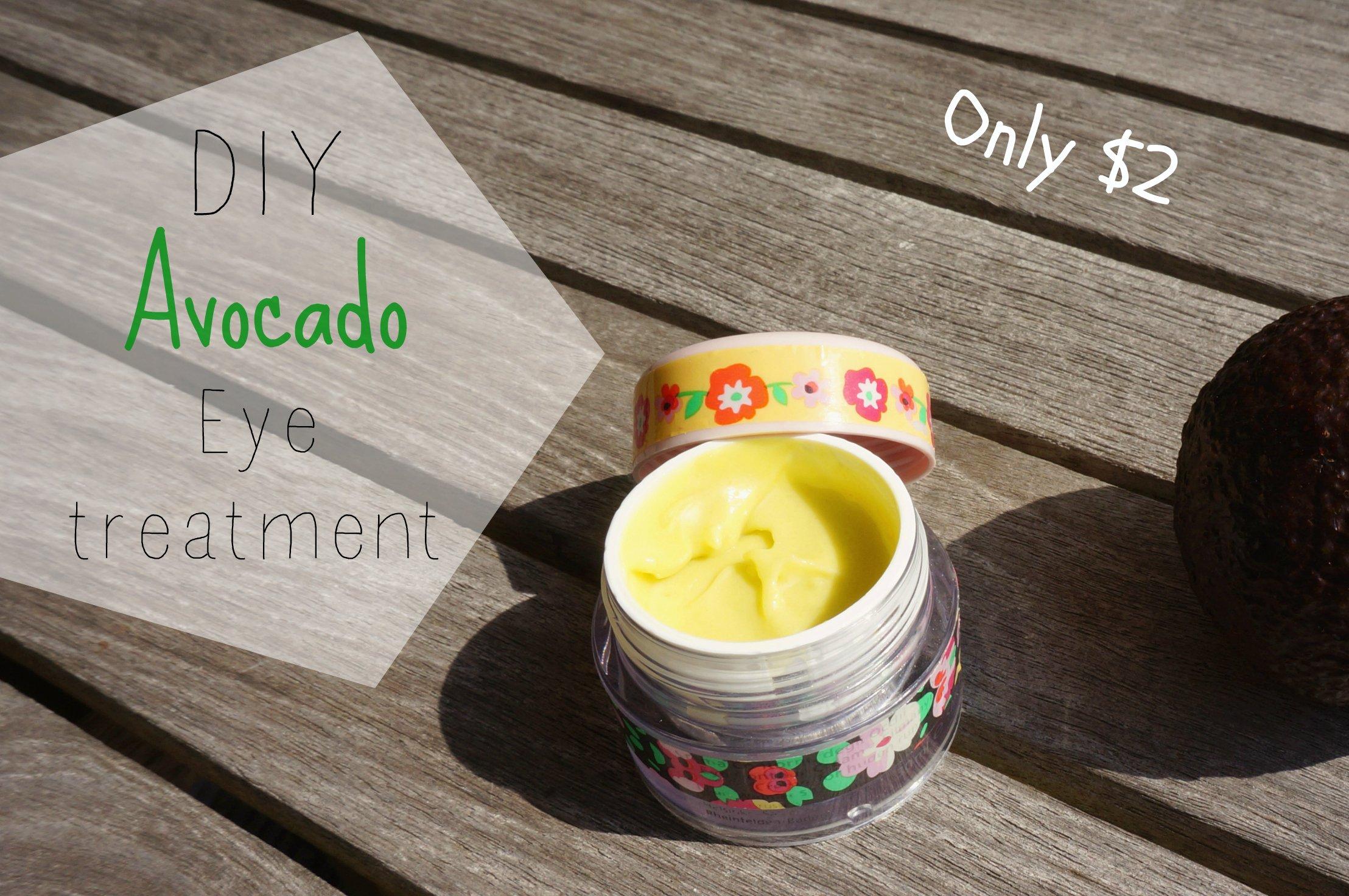 DIY Avocado Eye Cream {inspired by Kiehl's Eye Treatment}