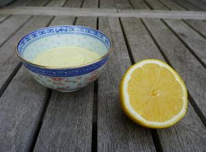 DUPE DIY Lemony Flutter LUSH Tutorial by The Makeup Dummy