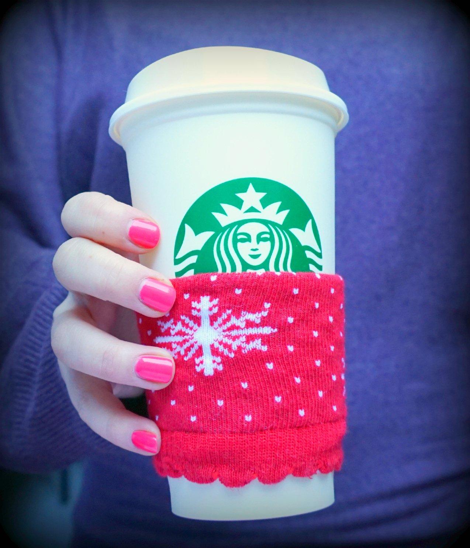 DIY | EASY Mug Cozy – Upcycle your Christmas socks!