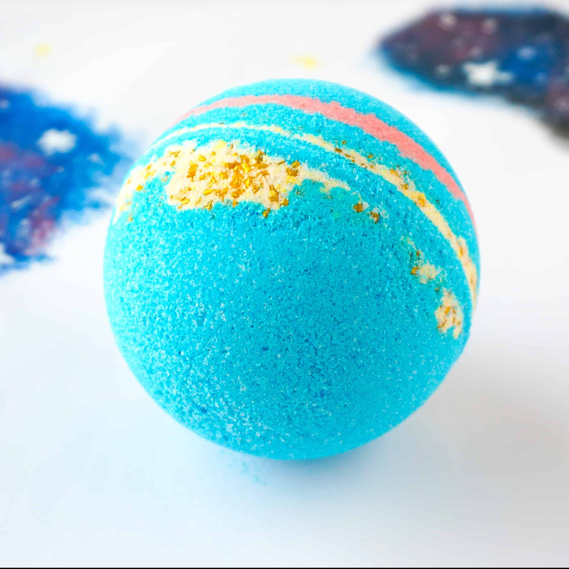 How to make your own intergalactic bath bombs just like LUSH! DIY by The Makeup Dummy