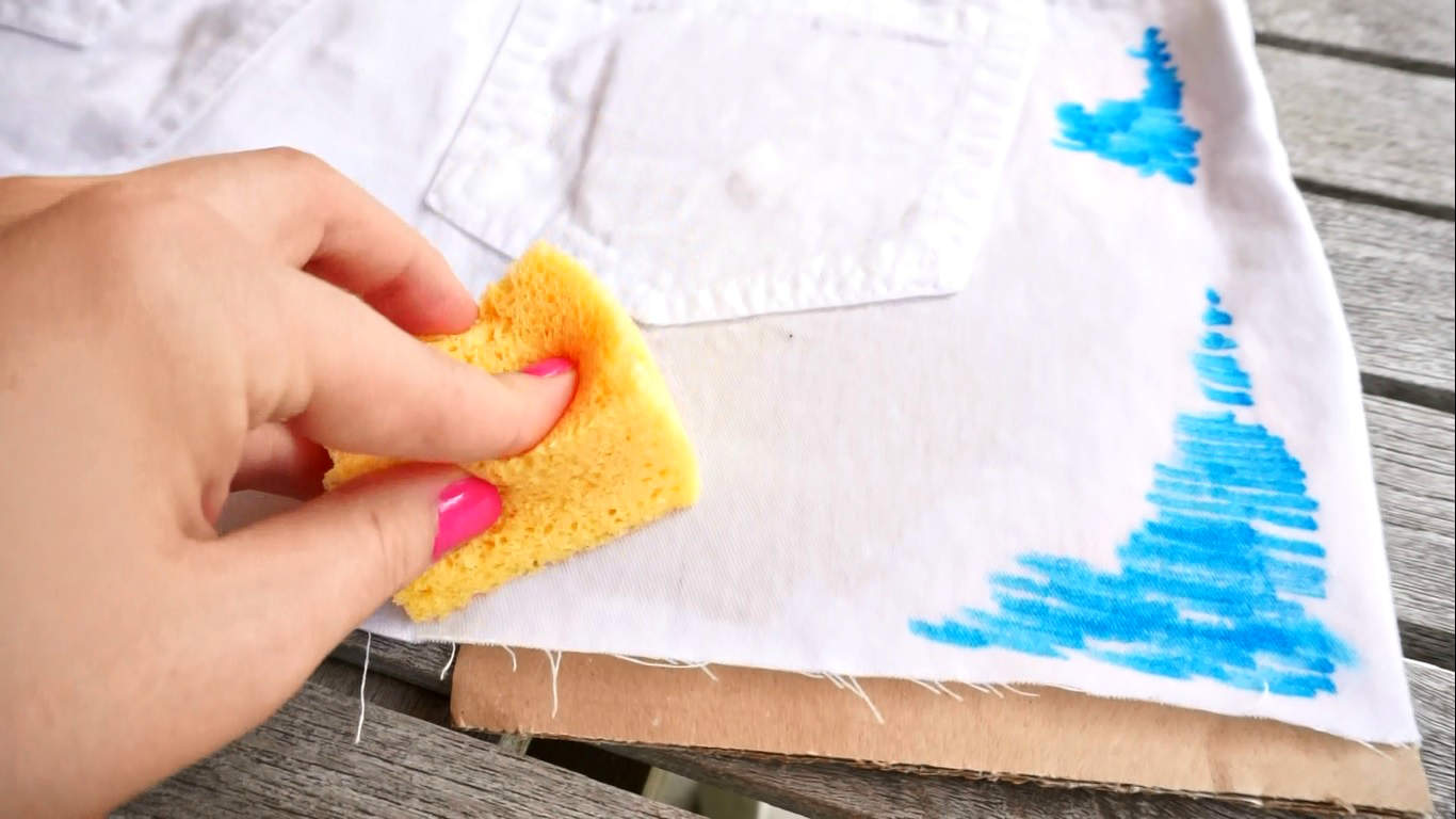 How to make Easy Watercolor Cut off Shorts Tutorial by The Makeup Dummy