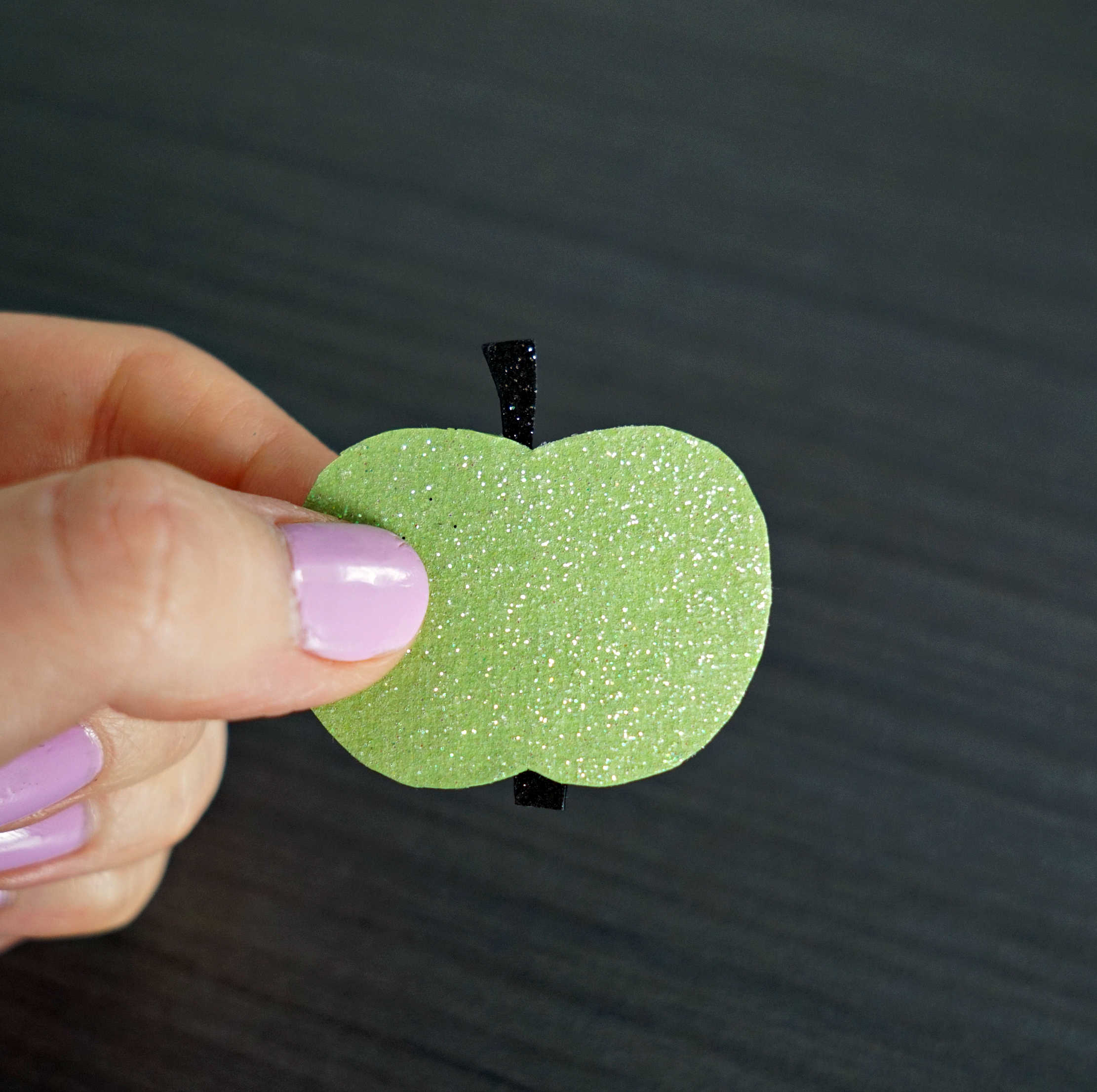 This is too cute! Tutorial to make your own Summer Fruit Hair Clips! DIY by The Makeup Dummy