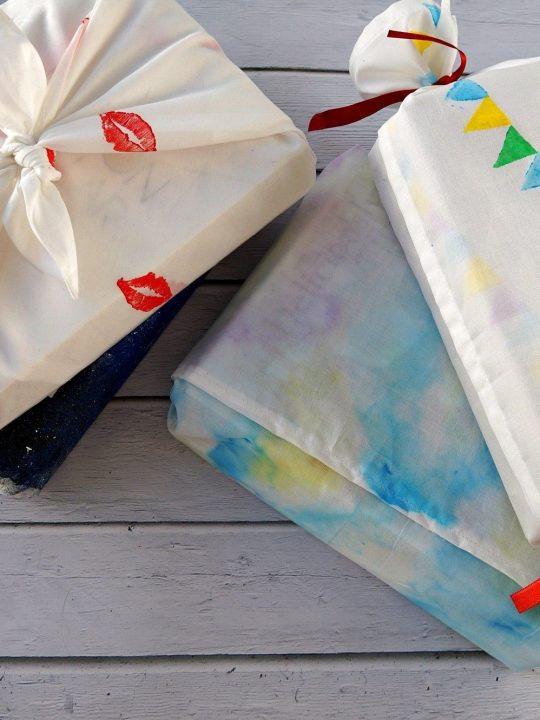 DIY Creative Fabric Gift Wrapping