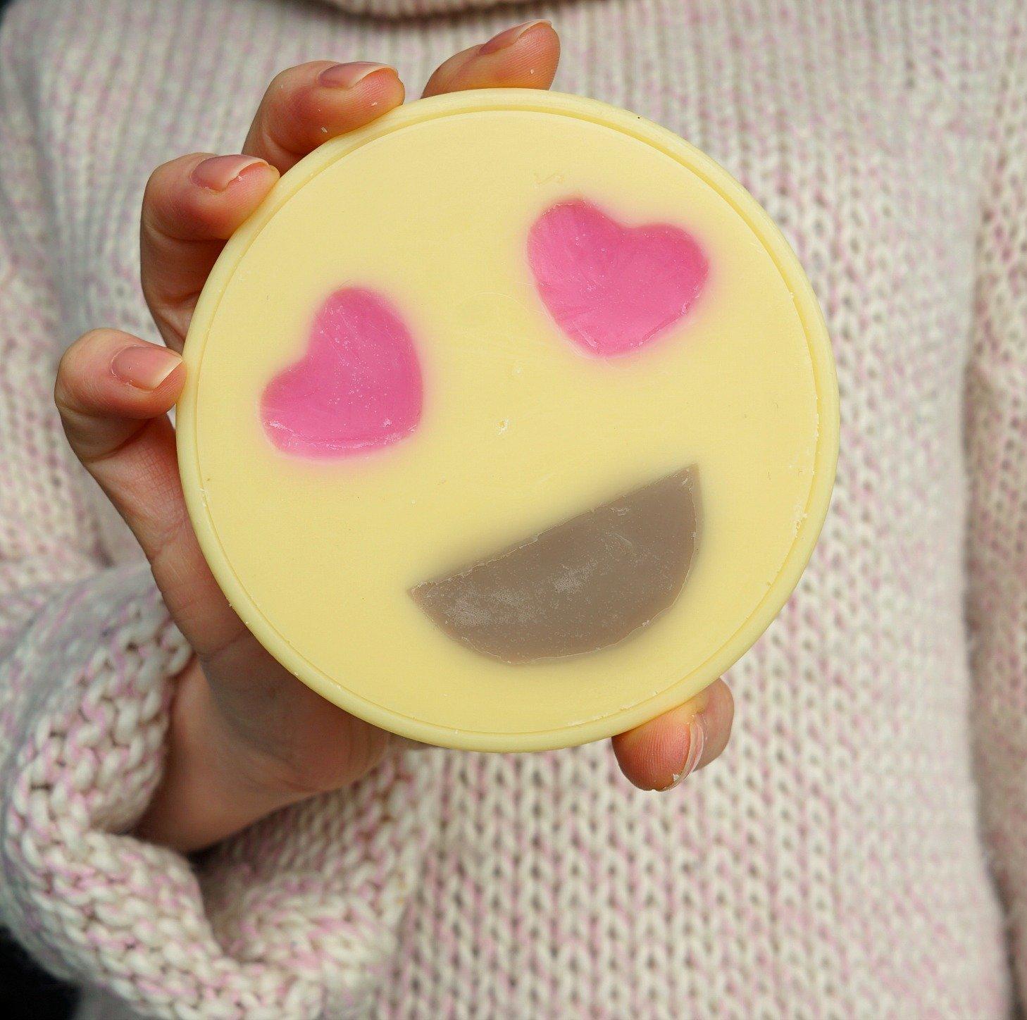 DIY Heart emoji lotion massage bars