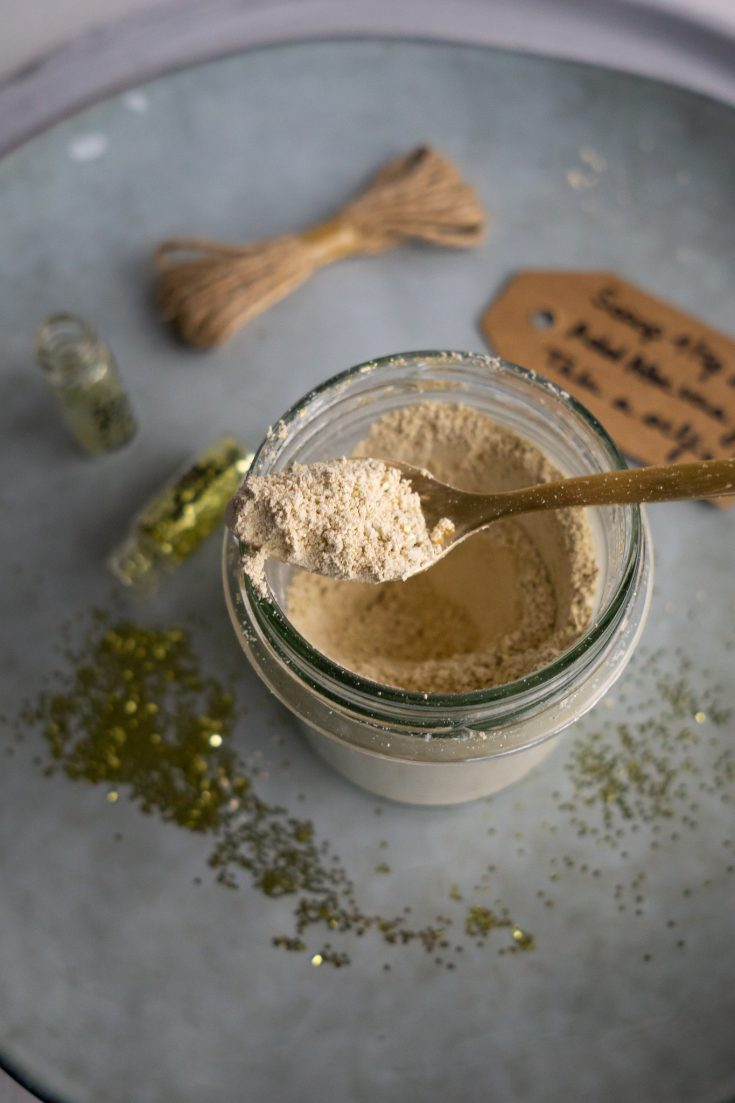 DIY Glitter Face Mask Powder